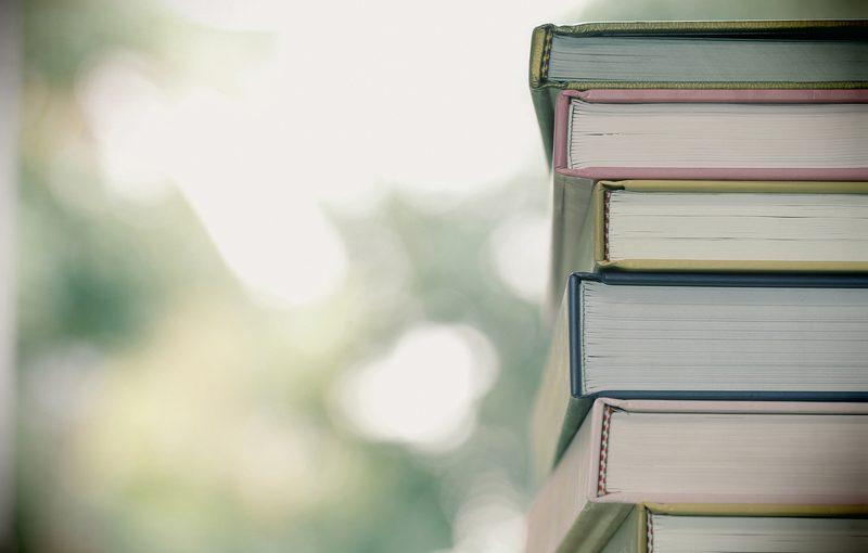 Elsker du også at læse i gode bøger